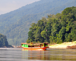 2 Days Private Boat Luang Prabang to Pakbeng + Houiexay
