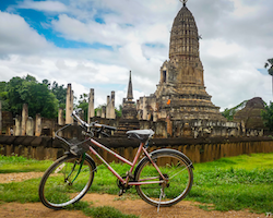 Private full day from Sukhothai to Chiang Mai with lunch