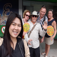 Minibus and guide at disposal in Bangkok - full day 8 hours