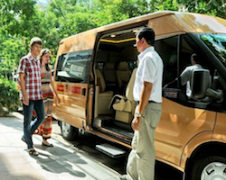 Private overland transfer from Hoi An to Hue
