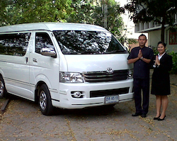 Private Transfer out from Bangkok Hotel to Bangkok Airport or Train Station