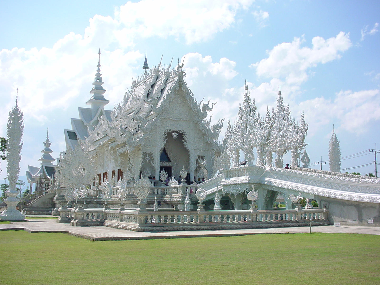Chiang Saen Thailand  City pictures : Private transfer from Chiang Mai to Chiang Rai or Chiang Saen