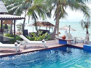 Royal lanta resort spa koh lanta for Escape cabins koh lanta