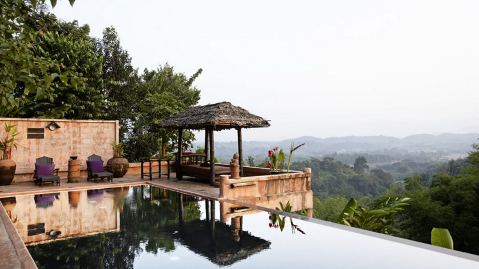 Phu chaisai mountain resort spa chiang rai for Alpine lodge